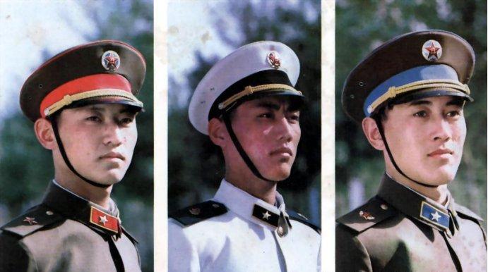 解放军85式军服