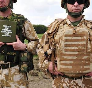 21世纪英军单兵防护背心