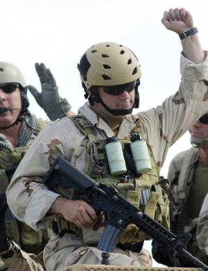 美军特战小分队战术——单兵战斗技能与装备(3)