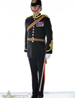新版英国陆军皇家后勤部队军官着装手册