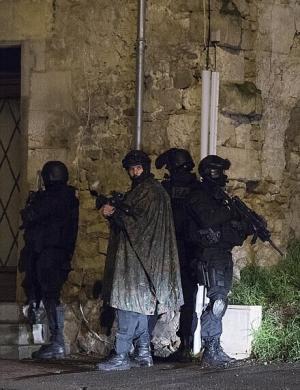 十年苦修奈若何,生死相搏存取舍——法国RAID/  BRI-PP 特警突袭超市(一)