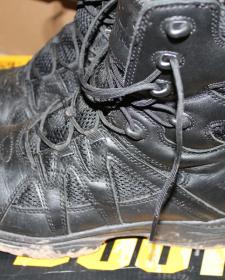 做最坏的打算,做最好的准备——鼎峰八爪鱼作战靴评测