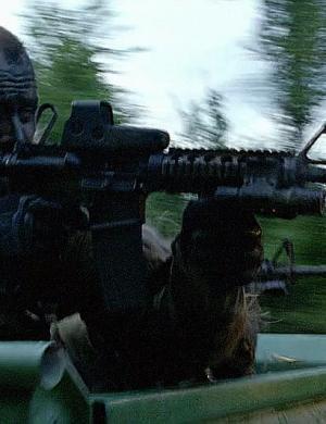 战甲科普:常见光学瞄准镜原理及对比第三篇——全息衍射瞄准镜